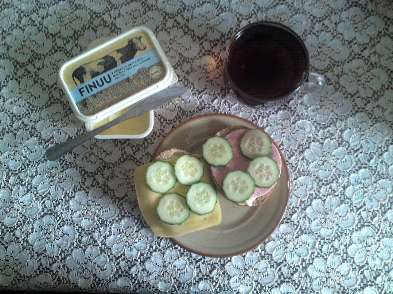 Finuu śniadanie